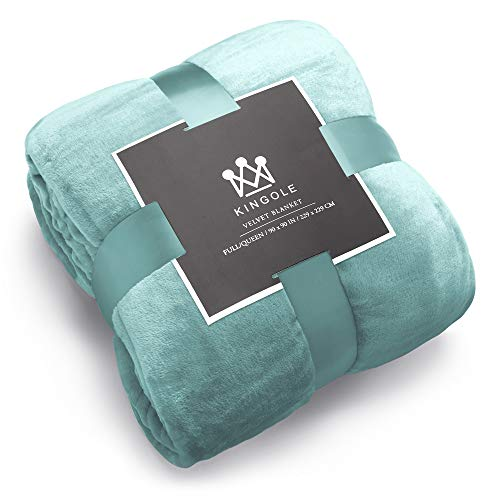 Kingole Flannel Fleece Microfiber Throw Blanket, Luxury Celadon Twin Size Lightweight Cozy Couch Bed Super Soft and Warm Plush Solid Color 350GSM (66 x 90 inches)