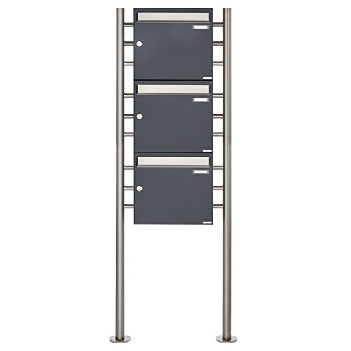 3er Standbriefkasten - 3 fach Briefkastenanlage Design BASIC 381 - Briefkasten Manufaktur Lippe (3 Parteien, senkrecht, Edelstahl/RAL 7016 anthrazitgrau feinstruktur matt)