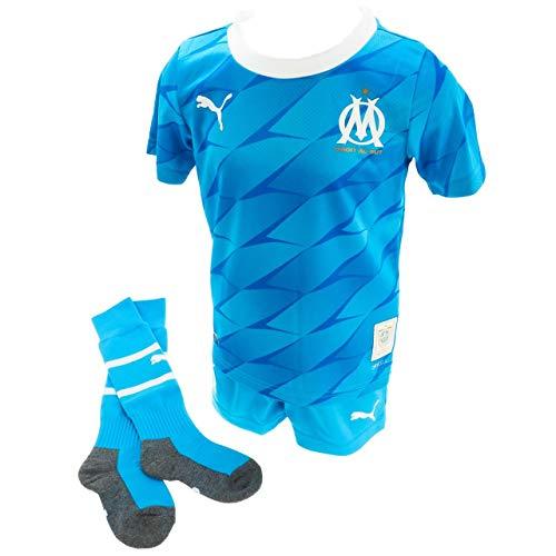 PUMA Jungen Trikot OM Away Mini-Kit mit Socks mit Hanger, Blue Azur, 104, 755693