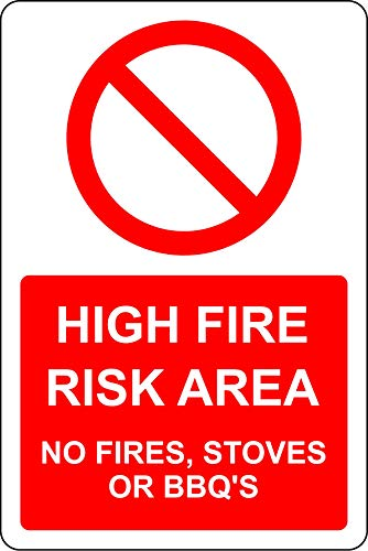 Panneau de sécurité en Aluminium de 3 mm avec Zone de Risque élevé d'incendie sans feu, poêles ou barbecues 300 mm x 200 mm.