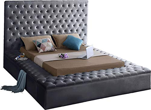 Meridian Furniture BlissGrey-K Bliss Collection Modern | Contemporary Velvet Upholstered Bed with Deep Button Tufting and Storage Compartments in Rails and Footboard, King, Grey