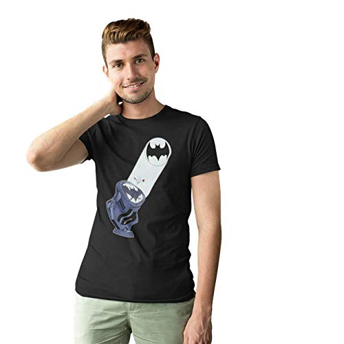 T-Shirt Noir Batman parodique Batman et Son célèbre Bat-Signal : Bat Projecteur !! (Parodie Batman)