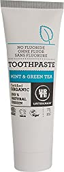 Natural fluoride-free toothpaste with chalk Effectively cleans dental plaque. It works refreshing, antibacterial and allows you to keep your breath fresh BIO certificate Origin country of the ingredients: Denmark Package: 75ml