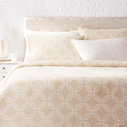 Amazon Basics - Juego de ropa de cama con funda de edredón, de satén, 260 x 220 cm / 50 x 80 cm x 2, Octógonos