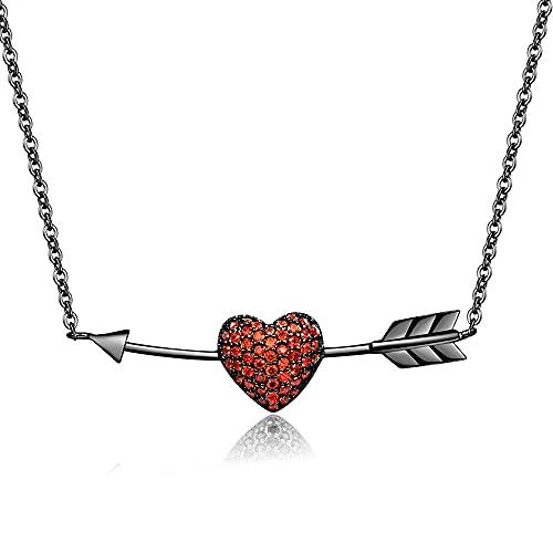 Colgante Corazón Flecha de Amor en Titanio, Acero Inoxidable y Brillantes –...