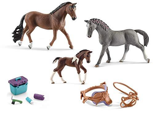5in1-SET Schleich Pferde Horse Club - Trakehner Familie mit Sattel Zaumzeug und Pflegeset 13909 + 13758 + 13888 + 42165 + 42366