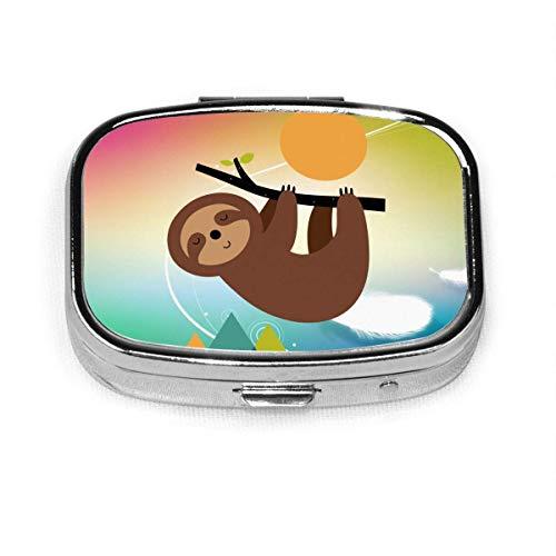 Sloth Lives Slowly. Caja organizadora cuadrada para pastillero de vitaminas y medicinas