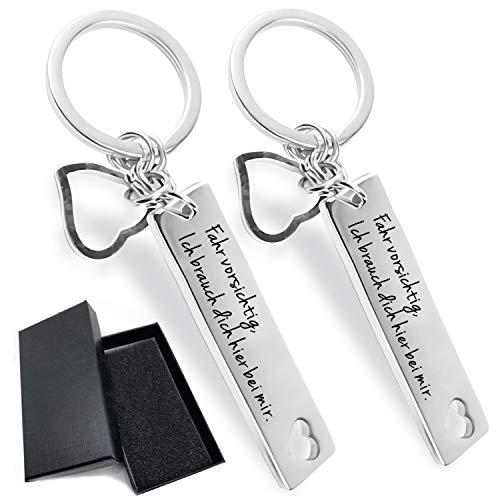 Drive Safe Schlüsselanhänger - Fahr Vorsichtig, Ich brauch Dich Hier bei Mir | Drive Safe I Need You Here with Me | Geschenk zum Neuen Auto Schlüsselanhänger Männer/Mann (2 er)