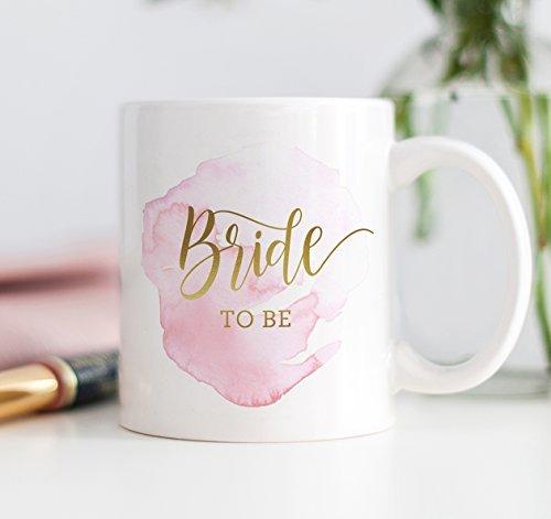 Bride To Be Kaffee Tasse Geschenkidee für Bridal Dusche Engagement Party für Verlobte Braut aus Brautjungfer Maid oder Geschenkschachtel Matron of Honor Hochzeit Party 313ml Keramik Tee Tasse