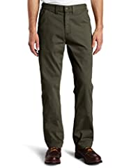 Sits at the waist Relaxed seat and thigh Multiple tool and utility pockets with left-leg hammer loop Straight leg opening
