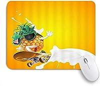 MISCERY マウスパッド 子供のための漫画パイナップルトロピカルフルーツスケートボードミルクオレンジ 高級感 おしゃれ 防水 端ステッチ 耐久性が良い 滑らかな表面 滑り止めゴム底 24cmx20cm
