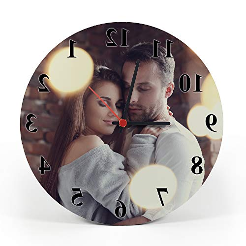 Gifty Lab Orologio Personalizzato con la Tua Foto - Orologio da Parete in Legno - Tondo Diametro 30cm, Numeri Eleganti