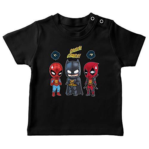 T-Shirt bébé Noir Parodie Avengers - Batman, Deadpool et Spider-Man - Un léger problème de Conception au Niveau du Masque. (T-Shirt de qualité Premium de Taille 12 Mois - imprimé en France)