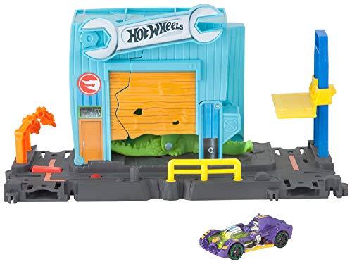 Hot Wheels FNB06 City Kroko Angriff Werkstattset, Spielset mit Garage und Krokodil inkl. 1 Spielzeugauto, ab 4 Jahren