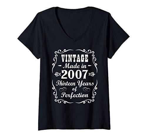Mujer Regalos de 13 años Vintage 2007 Adolescente 13 ° BDay Camiseta Cuello V
