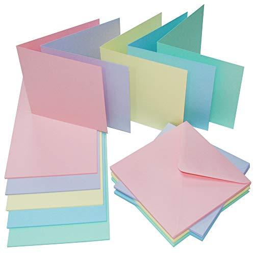 Craft UK 2350 - Tarjetas y sobres (50 unidades, 5 x 5 unidades), varios colores pastel