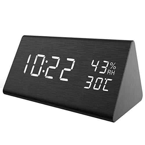 【New】ORIA LED Digitaler Wecker, Dreieck Holz Wecker Uhr Modern Tischuhr, Reisewecker Alarm Clock mit Sound-Kontrolle, 3 Helligkeit, 3 Alarm Einstellung, Datum,Zeit, Temperatur,Feuchtigkeit und USB