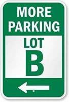 ティンサインのパーソナライズされたデザイン、より多くの駐車場(左矢印)サイン、家の装飾のためのパーソナライズされたドアハンガーティーンエイジャーノベルティメタルサイン男性女性洞窟のためのティンサイン