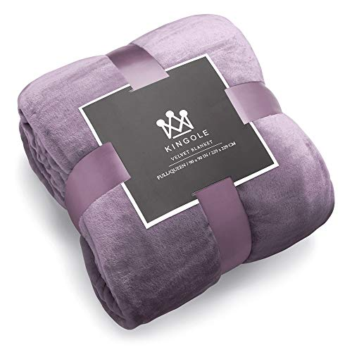 Kingole Flannel Fleece Microfiber Throw Blanket, Luxury Lavender Purple King Size Lightweight Cozy Couch Bed Super Soft and Warm Plush Solid Color 350GSM (108 x 90 inches)