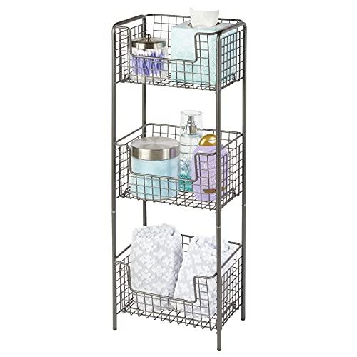 mDesign Estantería de baño de pie en metal – Mueble auxiliar de baño inoxidable con tres baldas metálicas para toallas, champú y gel – Ideal también como despensa para la cocina – gris
