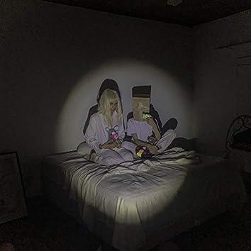 Dormindo com seus fantasmas