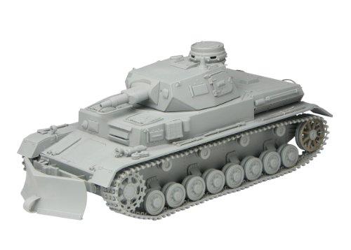 サイバーホビー 1/35 WW.II ドイツ軍 IV号戦車B型 w/除雪ドーザ