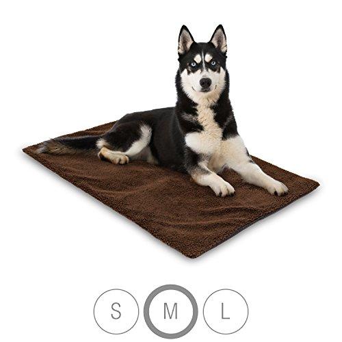 Bella & Balu Haustier Thermodecke inkl. Mikrofasertuch zum Reinigen der Pfoten – Selbstheizende und isolierende Thermomatte mit kuschelig-weichem Bezug für Hunde und Katzen (M | 100 x 70 cm)