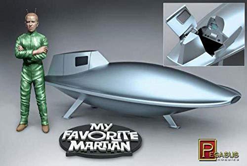 Maquette de vaisseau spatial MY FAVORITE MARTIAN UNCLE MARTINp ré-assemblée avec figurine