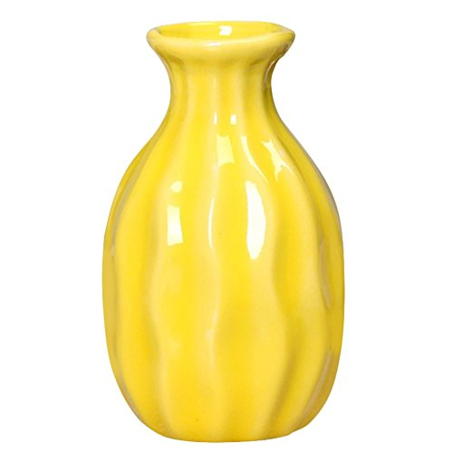 Jarrón para flores decorativo. Color amarillo