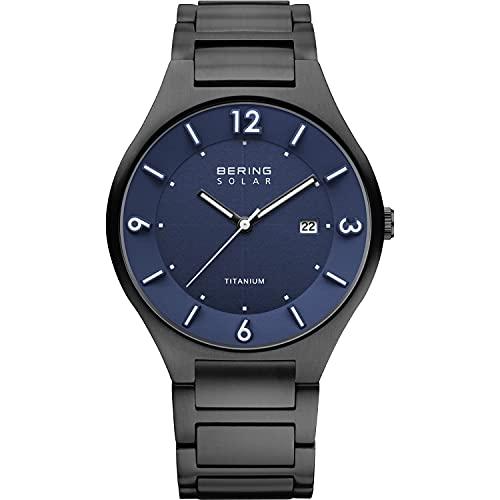 BERING Herren Analog Quarz Solar/Titanium Collection Armbanduhr mit Titanium Armband und Saphirglas