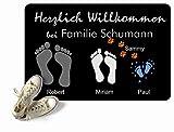 Fußmatte Füße Pfoten mit Vornamen & Familien - Namen schwarz Geschenk Hund Katze Umzug personalisiert Fußabdruck aussen innen waschbar lustig