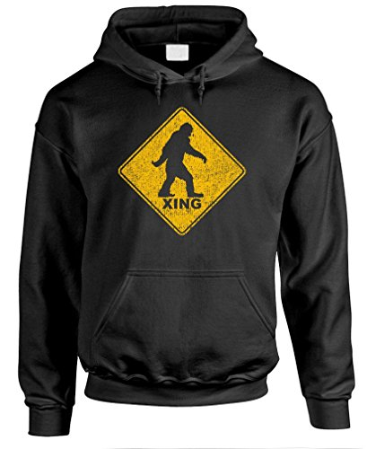 BIGFOOT CROSSING - sasquatch squatchin' gag - Mens Pullover Hoodie, 3XL, Black