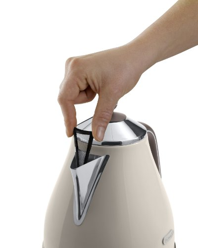 DeLonghi-Vintage-Icona-Wasserkocher-Antikalkfilter-17-Liter-360-drehbarer-Boden-KBOV3001BG–cremefarben