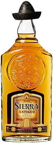 Sierra Antiguo Tequila Añejo - 100% blaue Weber Agave (1x0,7l) - Hergestellt in Mexiko - 24 monate in Bourbon Fässern gereift