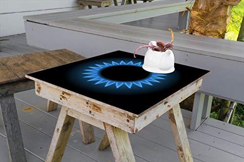 Wallario Aufkleber Selbstklebende Garten-Tisch-Decke - Flamme Gasherd bei Nacht in 100 x 100 cm
