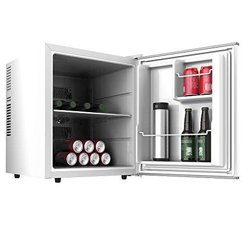 Cecotec mini bar GrandCooler 10000 Silent White, de 46 L de capacidad, eficiencia energética A+, tecnología termoeléctrica, silencioso, luz LED interior y sistema Auto Defrost