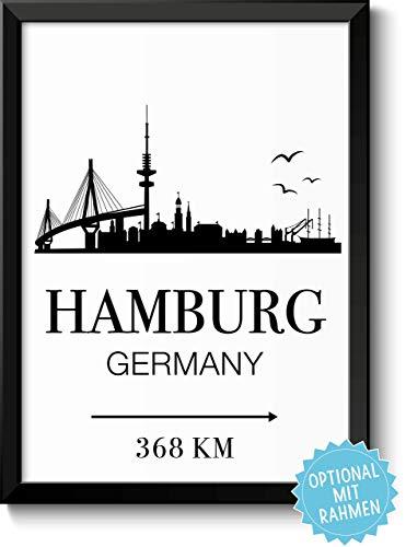Hamburg Skyline mit individueller Entfernungsangabe personalisiertes Bild optional mit Holz-Rahmen Geschenk Geschenkidee