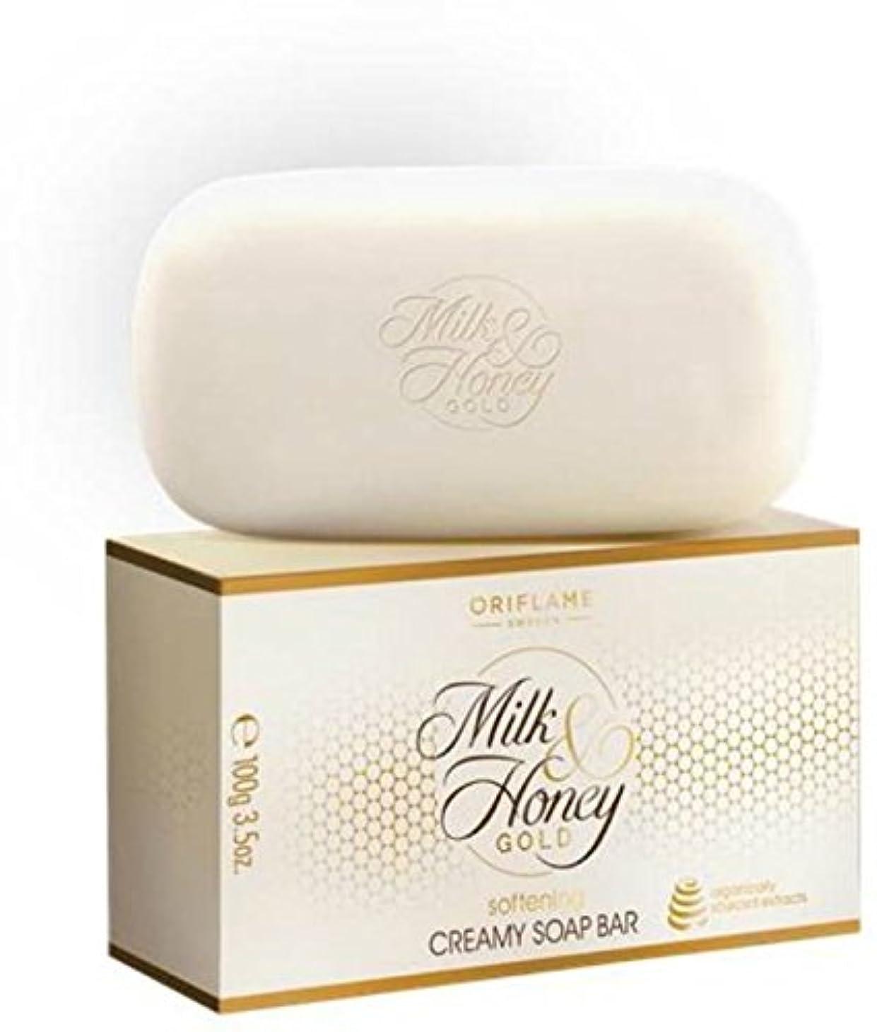 ましいインカ帝国期待するスウェーデンOriflame Milk & HoneyゴールドソフトニングCreamy Soapバー(パックof 4?) 400?g ( 400?g )