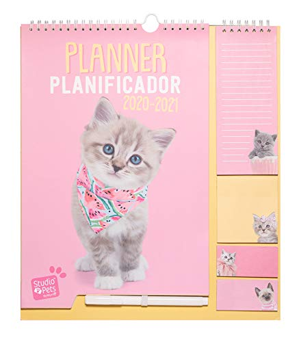 Calendario da Muro 2020/2021 Studio Pets Cat con planner mensile da Settembre '20 a Dicembre '21. Include bloc notes, bloc adesivi, to do list, penna e adesivi stickers. Dimensioni di 30x34 cm