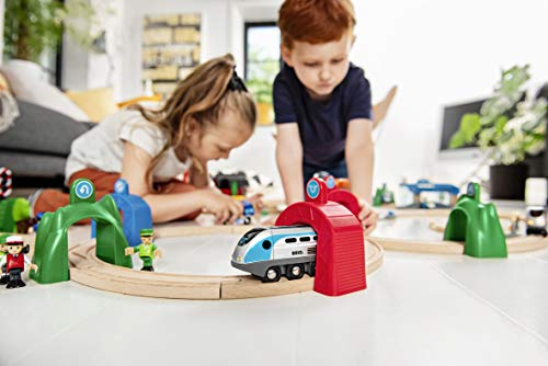 BRIO World - Smart Tech - 33834 - Train moteur intelligent avec tunnel d'action