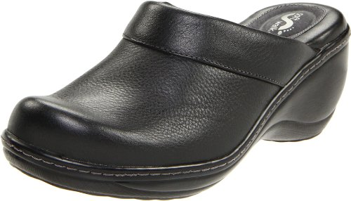 SoftWalk Women's Murietta, Black, 9.5 N (AA)