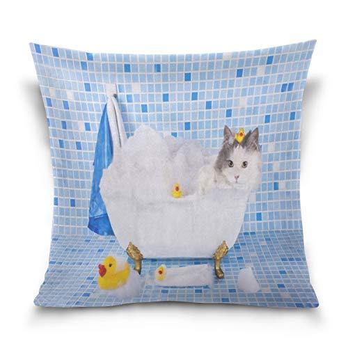 Funda de almohada decorativa para cojín cuadrado, diseño de gato divertido en baño con espuma y pato, funda de almohada para sofá cama, doble cara, 66 x 66 cm