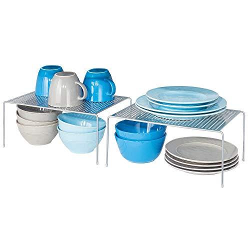 mDesign Juego de 2 estantes de cocina - Soportes para platos individuales de metal - Amplios organizadores de armarios para tazas, platos, alimentos, etc. - plateado
