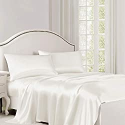 White Sheets in pure silk.