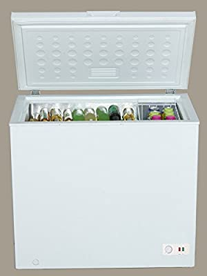 Avanti CF70B0W Chest Freezer White, 7 cu. ft., White