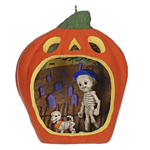 Hallmark Ornament 2019' Happy Halloween