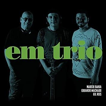Em Trio
