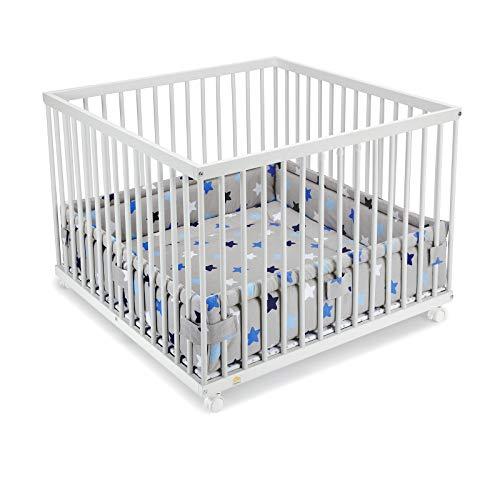 FabiMax Laufgitter 100x100 cm mit Laufgittereinlage blaue Sterne auf grau, stufenlos höhenverstellbar, Parkettrollen, Buche, weiß lackiert