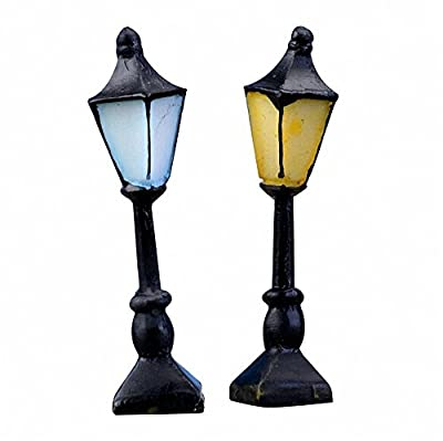 Qsewid 2 Pcs Mini Retro Street Lamp Cute Hand-Painted Streetlight for Dollhouse Miniature Garden Ornament Fairy Garden Decor Decoration(Yellow+Blue)
