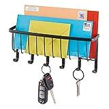 mDesign Organizador de cartas con colgador de llaves en acero - Estante de pared para ordenar llaves con 5 ganchos - Moderno cuelga llaves con repisa para correo y más - color: negro mate